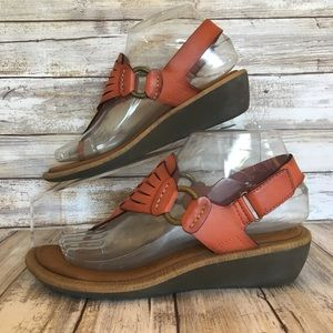 a489b19548b5 Clarks Shoes - Clarks 6.5M Brown Adjustable Wedge T-Strap Sandals
